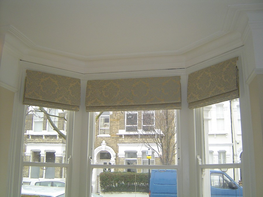 Roman bay window blinds